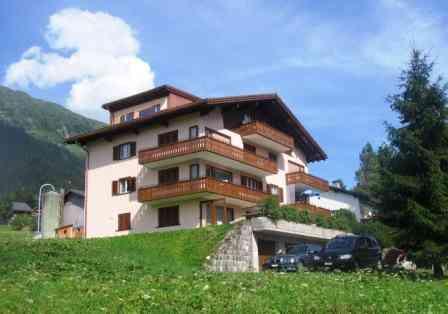 Ferienwohnung Haus uf der Heid Klosters Platz - Anbieter Dolling, Haus uf dr Heid