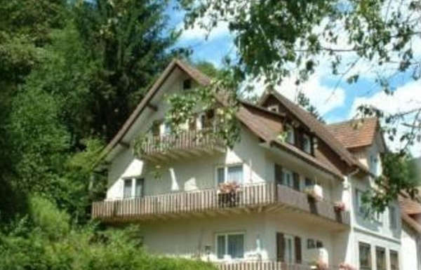 Pension Oesterle im Schwarzwald Baiersbronn-Schönmünzach - Schifferstr. 40 Baiersbronn-Schönmünzach - Anbieter Pension Oesterle
