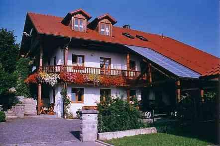 Ferienwohnung Außernzell /  Eging am See - Anbieter Zitzlsberger