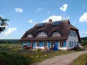 FeWo und Ferienhaus Haus Sonnenwinkel - Ferienwohnung auf der Insel Rügen