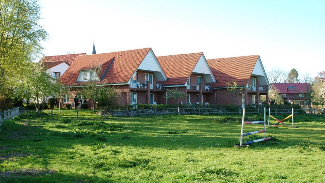 Ferienwohnung Hotel Ferienwohnung Neukirchener Hof Ponyreiten, Haus