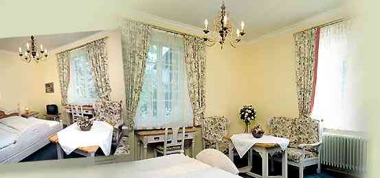 Gaestezimmer Villa Centa, Hotel Garni a.d.Klinik Hochstaufen, Zimmer