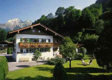 Ferienwohnung Pension Haus Alpenland Ramsau - Reschenweg 22 83486 Ramsau - Anbieter Katharina Preinfalk