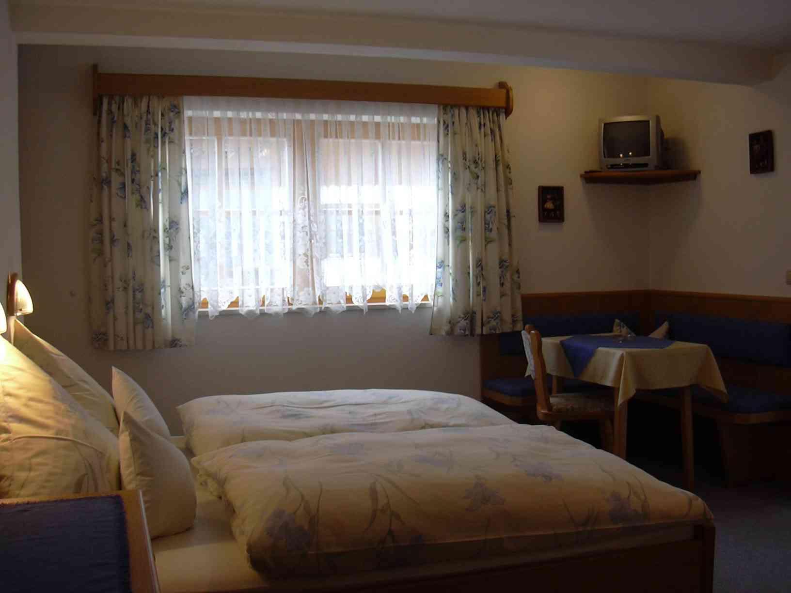 Ferienwohnung Pension Haus Alpenland, Zimmer