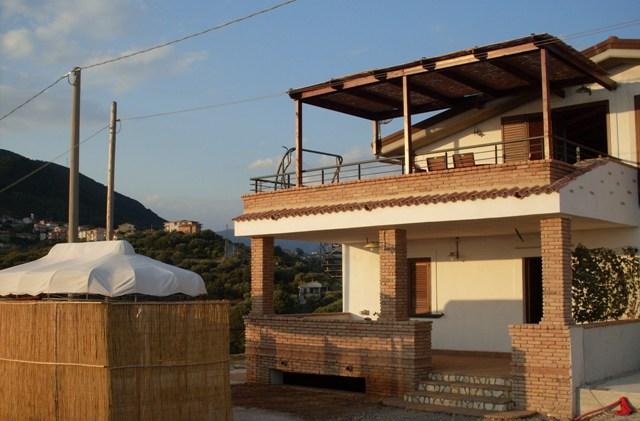 Ferienwohnung Casa Elisabetta Caprioli - via del Fiume Lambro 84040 Caprioli - Anbieter Cecilia Guglielmi