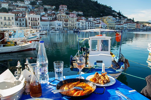 Ferienwohnungen und Ferienhäuser an der griechischen Mittelmeerküste mieten